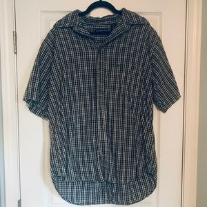 Roundtree & Yourke button up dress shirt